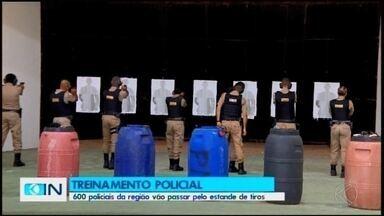 PM inicia treinamento de tiro policial no novo estande da corporação - Pelo menos 600 militares devem passar por esta capacitação. O estande da 7ª RPM foi inaugurado em Divinópolis em outubro.