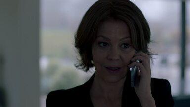 Episódio 3 - Max faz uma viagem para o México e deixa Kathryn com Caden no hospital militar. O coronel Reese, diretor da unidade, se mostra insatisfeito com o que está acontecendo.