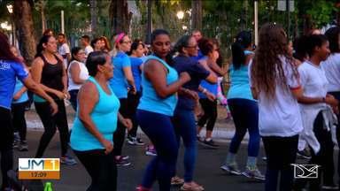 Campanha de conscientização contra a diabetes é realizada em Caxias - Na semana mundial da diabetes, a caminhada realizada pela Associação Caxiense de Assistência e Proteção ao Diabético (ACAD) tem o objetivo de alertar a população para a prevenção da doença.