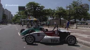 Destaque na Fórmula 1600, Lélio Assumpção passeia com carro da categoria por Santos - undefined