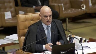 Moraes defende que Receita possa passar todos os dados ao MP - Supremo retomou nesta quinta (21) o julgamento que vai definir que tipo de dados a Receita e o antigo Coaf poderão compartilhar com órgãos de investigação, sem a necessidade de autorização prévia da Justiça.