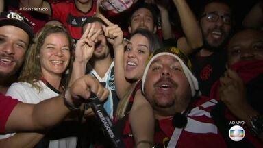 Torcida do Flamengo festeja títulos da Libertadores e do Brasileirão - Em vários lugares do país, a festa rubro-negra não para e esquentou ainda mais após a vitória do Grêmio contra o Palmeiras.