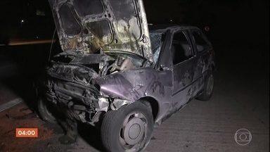 Uma pessoa morre e outras seis ficam feridas em acidente na Rodovia dos Imigrantes, SP - Todas as vítimas são da mesma família e estavam no mesmo carro.