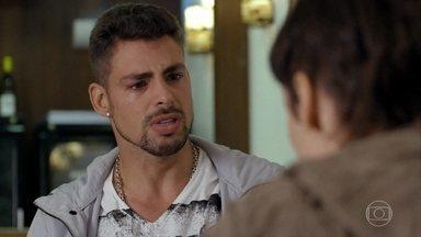 Jorginho e Nina terminam - Nina sacrifica seu amor por Jorginho para se vingar de Carminha