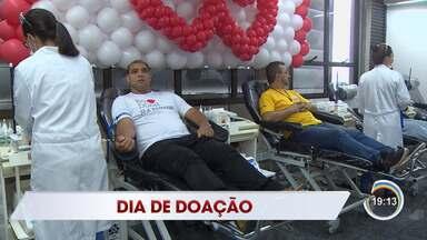 Nesta segunda-feira é celebrado o dia do doador voluntário de sangue - Veja como foi o dia no hemocentro de Taubaté.