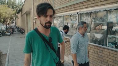 Um Irã que tem medo de falar - A equipe revela um país que quer se expressar, mas tem medo de falar, e mostra também como os iranianos tentam driblar o bloqueio desenvolvendo seus próprios aplicativos.