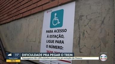 As dificuldades de quem usa a Linha 8-Diamante - Falta de acessibilidade e poucos acessos para demanda alta atrapalham caminho dos passageiros na estação General Miguel Costa.