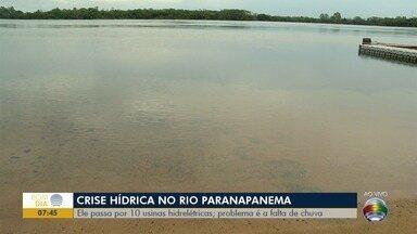 Baixo nível do Rio Paranapanema prejudica pescadores do Oeste Paulista - Motivo é a falta de chuva significativa.