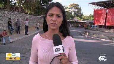 Motoristas de transporte complementar paralisam as atividades em Alagoas - Eles pedem que a fiscalização dos clandestino seja mais rígida.