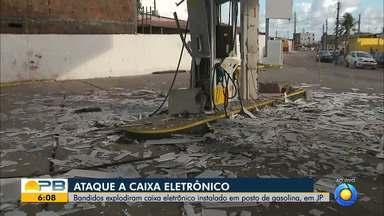 Criminosos explodem cofre e posto de combustíveis fica destruído, em João Pessoa - Caso aconteceu na madrugada desta quarta-feira (27) no bairro do Rangel.