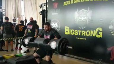 Strong Monsters acumulam bons resultados em torneio de Taubaté - Douglas Campos, de Salesópolis, foi o campeão da categoria até 90kg.