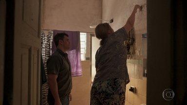 Magno conhece Dona Nicete - Ele vai até a casa da mãe de Genilson