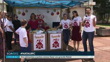 Moradores de Medianeira participaram da campanha de Natal da RPC - Os apresentadores da RPC foram até Medianeira receber pessoalmente as doações.