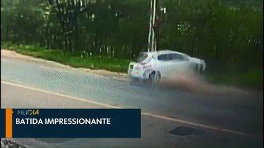 Veja os destaques do Meio Dia Paraná de Cascavel neste sábado (30) - Câmeras registram acidente impressionante: uma pessoa morreu, outra ficou gravemente ferida e outro passageiro saiu ileso
