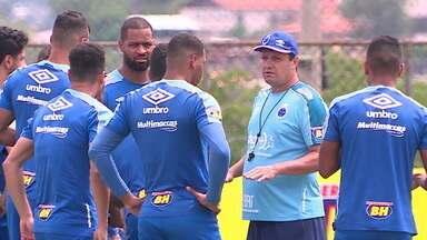 Cruzeiro, no Z-4, vive momento de muita pressão na reta final do Brasileirão - Cruzeiro, no Z-4, vive momento de muita pressão na reta final do Brasileirão