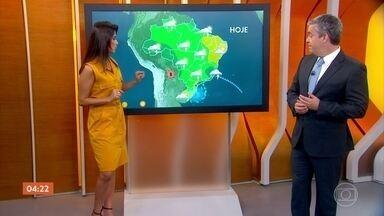 Semana começa com previsão de frio para o Centro-Sul do Brasil - Depois de um fim de semana com sol e temperaturas mais altas, uma massa de ar frio favorece a entrada do ar gelado. Confira a previsão do tempo para todo o país nesta segunda-feira (2).