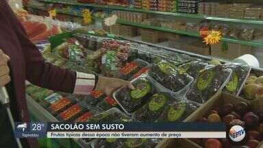 Frutas típicas do Natal não sofrem alterações no preço - Segundo comerciante, motivo dos valores estabilizados é o começo de safra e baixo consumo.