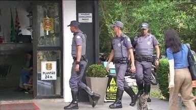Seis policiais são afastados depois da ação no baile funk em Paraisópolis, em São Paulo - A polícia disse que o tumulto foi causado depois que criminosos se refugiaram no baile funk. Mas para o Fórum Brasileiro de Segurança Pública, os policiais militares têm responsabilidade na tragédia.