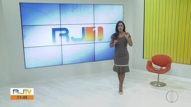 RJ2 Inter TV - Edição de segunda-feira, 2 de dezembro de 2019 - Apresentado por Ana Paula Mendes, o telejornal da hora do almoço traz as principais notícias das regiões Serrana, dos Lagos e Norte Fluminense.
