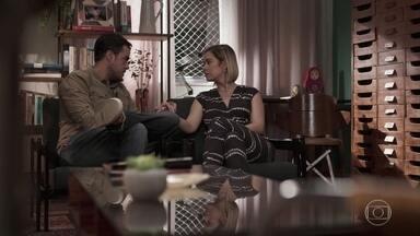 Joaquim afirma a Lígia que Rita está mancomunada com Rui - Lígia conta para o marido que Rita foi se consultar com o advogado de Rui. Filipe defende a namorada