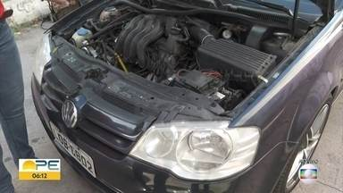 Veja cuidados ao comprar carro e moto usados - Operação policial prendeu suspeitos de adulterar carros roubados e revende-los.