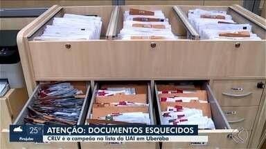 Mais de 5 mil documentos aguardam os donos buscarem na UAI de Uberaba - Desde carteiras de identidades a certificados de licenciamento de veículos. E alguns têm prazo para pegar. Confira.