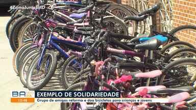 Solidariedade: grupo reforma bicicletas para doar para crianças e adolescentes carentes - O projeto tem sede no bairro de Massaranduba, em Salvador.