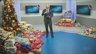 Campanha de Natal da RPC já arrecadou mais de 6 toneladas de alimentos - As doações podem ser feitas até segunda-feira nos pontos de arrecadação nos mercados de Cianorte, Paranavaí e Umuarama.