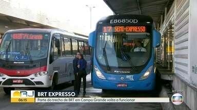 BRT Expresso: parte do trecho em Campo Grande volta a funcionar - Ônibus voltam a circular na Avenida Cesário de Melo. O serviço estava suspenso nesse trecho há um ano e meio por causa da violência e vandalismo.
