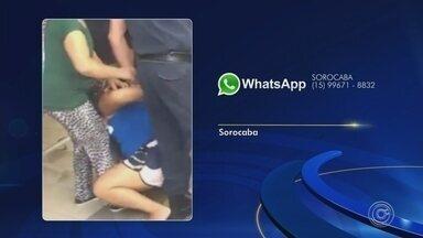 Corregedoria vai apurar abordagem de guardas a ambulante em Sorocaba - A corregedoria da prefeitura vai se inteirar da ação de guardas municipais, que detiveram uma vendedora ambulante, no sábado (7), no centro de Sorocaba (SP). Os vídeos viralizaram nas redes sociais.