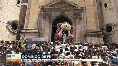 Milhares de devotos participam de missa em homenagem a Nossa Senhora da Conceição - Festa no domingo (8) marcou homenagem a Conceição da Praia.