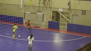 Meninas da Liga Regional do Litoral Paulista são campeãs do Troféu Piratininga de Seleções - A decisão da categoria sub-15 foi contra a Liga de Embu das Artes. As representantes da Baixada Santista venceram por 4 a 2.