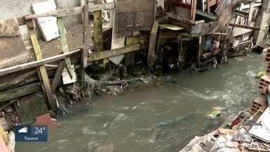Corregedoria ouve 17 PMs da ação que terminou com 9 mortes em Paraisópolis - Além da das mortes, moradores sofrem com enchentes constantes sempre que chove um pouco mais forte. Prefeitura diz ter um projeto para canalizar rio que sempre transborda.