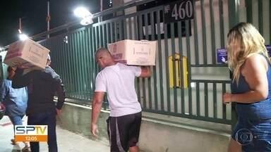 Moradores são obrigados a deixar condomínio em Osasco - Defesa Civil interditou prédio depois que rachaduras apareceram na garagem. Márcio Rachkorsky comenta.