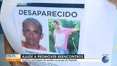 Desaparecidos: famílias procuram por parentes na Praça da Piedade nesta quarta-feira (11) - Famílias não perdem a esperança de encontrar familiares.