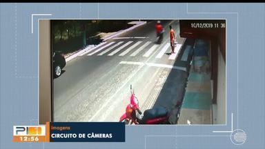 Condutores ignoram faixa de pedestres e homem quase é atropelado em Teresina - Condutores ignoram faixa de pedestres e homem quase é atropelado em Teresina