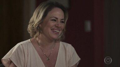 Regina dá seu apoio a Lígia - Regina acredita que a separação de Lígia veio para o bem