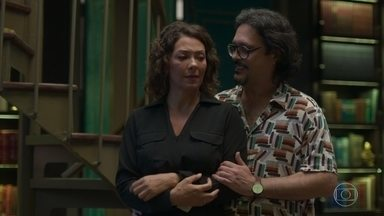 Nana e Mario fingem ser um casal para Alberto - Mario conta tudo sobre o acidente para Silvana