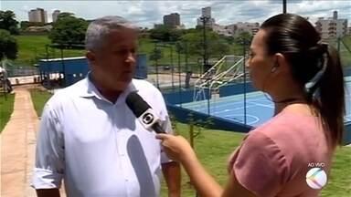 Novo complexo esportivo é inaugurado em Uberaba - Espaço instalado no Bairro Santa Maria tem quadras de areia, de peteca, poliesportiva, lanchonete, academia, pista de caminhada, palco e arena do torcedor.