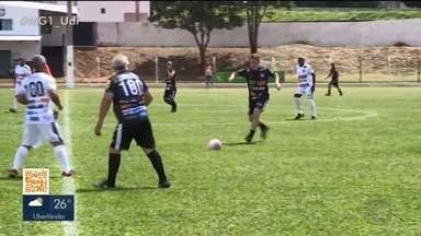 Monte Alegre de Minas recebe futebol solidário - Jogo solidário e homenagem ao futebol amador movimentam a cidade neste final de semana. Saiba mais sobre eventos e como participar.