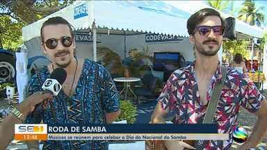Músicos de reúnem para celebrar o Dia Nacional do Samba - Músicos de reúnem para celebrar o Dia Nacional do Samba.