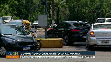 Semáforos da Av. Paraná com Av. Duque de Caxias vão funcionar em tempos separados - Hoje eles abrem ao mesmo tempo e causam congestionamentos. Mudança começa a valer a partir de quarta (18).