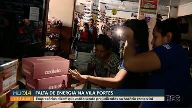 Comerciantes da Vila Portes reclamam da falta de luz em horário comercial - Empresários dizem que estão sendo prejudicados.