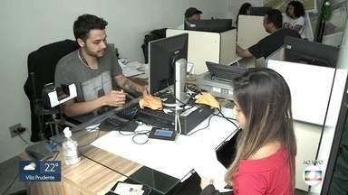 Prazo para o cadastro biométrico acaba nesta quinta-feira (19) - Eleitores de 17 cidades da Grande SP são obrigados a cadastrar digital.