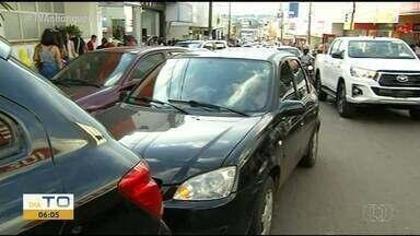 Motoristas reclamam da falta de estacionamento no centro de Araguaína - Motoristas reclamam da falta de estacionamento no centro de Araguaína