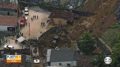 Deslizamento de barreira deixa sete mortos no Recife - Três pessoas ficaram feridas no mesmo acidente, que aconteceu na madrugada desta terça-feira (24).