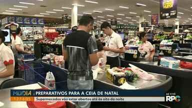 Supermercados ficam lotados na véspera de natal em Foz do Iguaçu - Os supermercados ficam abertos até às 20h.