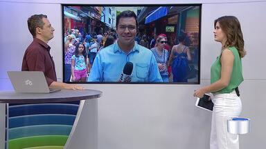 Centro de São José continua cheio na véspera de natal - Confira.
