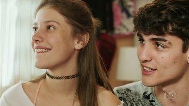Anjinha diz que sente falta de Cleber - Tatoo contiua investindo na menina