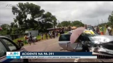 Colisão deixa pessoas feridas na estrada de Mosqueiro, em Belém - Acidente envolvendo dois carros ocorreu no km 9 da rod. PA-391.